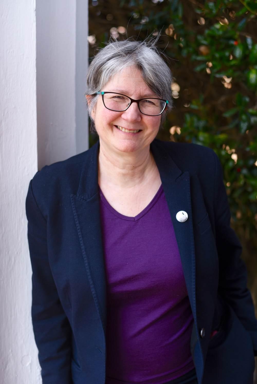 photo of Susan Henking