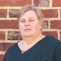 headshot of Donna Rothrock