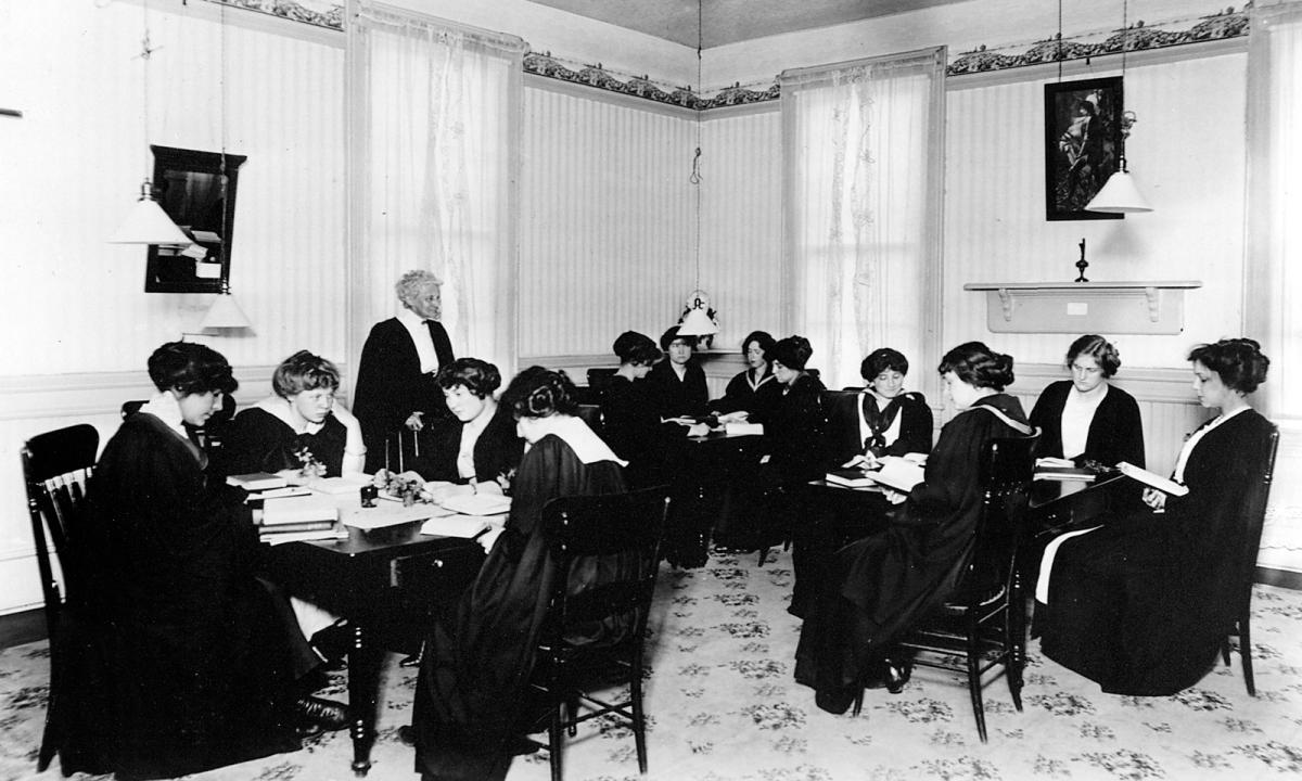 archival, black & white image of Salem students, early photography