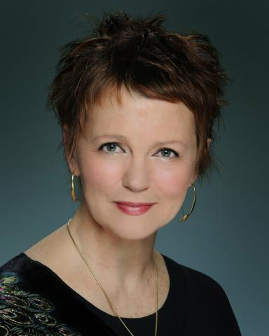 headshot of Barbara Lister-Sink