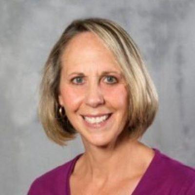 headshot of Betsy Prior